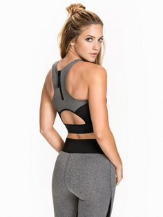 Fashionable Crop Top - Fashionablefit For Nly Sport - Musta/Harmaa - Topit - Urheiluvaatteet - Nainen - Nelly.com