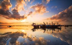Starring at The Sun by Bertoni Siswanto on 500px