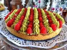 Absolument délicieuse cette tarte aux framboises pistache ! Elle est Succulente, originale et appréciée par tous ! Bonne dégustation !  ...
