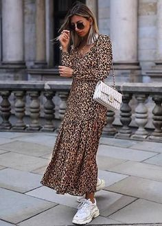 2019 New Stylish sheinstreet Women Fashion clothes Casual Fashion Sexy Leopard-Print Holiday Dress With A V-Neck Maxi Dress Leopard Print White Sneakers Outfit, Dress With Sneakers, Sneakers Style, Women's Sneakers, White Shoes, Casual Sneakers, Mode Outfits, Fashion Outfits, Fashion Clothes