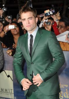 Pin for Later: 25 Facts That Will Change the Way You Think About Robert Pattinson He Never Dated Nikki Reed