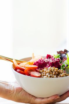 Buddha Bowl with Beetroot Dressing