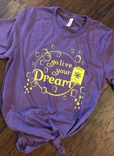 rapunzel go live your dream tshirt Disney Diy, Cute Disney, Disney Shirts, Disney Style, Disney Clothes, Disney Crafts, Disney Magic, Disney Inspired Fashion, Disney Fashion