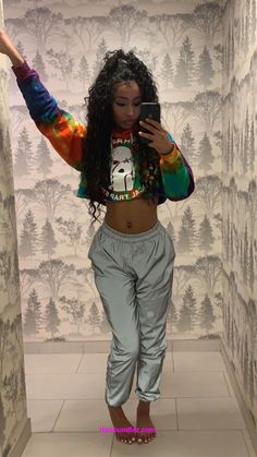 See more ideas about Design and style clothes, Plunder outfits and Girl style. Chill Outfits, Dope Outfits, Swag Outfits, Trendy Outfits, Summer Outfits, Fashion Outfits, Fashion Trends, Black Outfits, Vetement Fashion