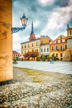 main square - Tarnow - the old town - Poland Earth City, Travel List, Travel Guide, Poland Travel, City Architecture, Eastern Europe, World Traveler, Old Town, Travel Photos
