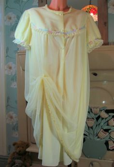 PALE LEMON SOFT 50's SISSY FRILLY 2 PLY CHIFFON PERLON NIGHTIE GOWN DRESS R11406 For more pictures of the same please visit any of my blogs: Tumblr  link   http://sangriasuzie.tumblr.com/ Wordpress blog link  http://sangriasuzie.org/ http://stores.ebay.co.uk/Sangriasuzies-Emporium http://www.sangriasuzie.com/ If any of the  items pictured in this blog/pin take your fancy they can be bought from one of the above addresses.  Or e-mail me at drobertshq@hotmail.com   if you need more info.