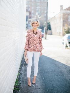 This pretty pink peplum top {say that five times fast} is live on the blog this morning! I'm sharing a few additional ways to style it for work & have included the prettiest white trousers to go with it! \\ And if you order now, it will be here in time for you to wear to work on Valentine's Day next week! \\ Shop the look via @liketoknow.it OR by clicking the link in my bio \\ http://liketk.it/2qlDc #liketkit pc: @paigemolinaphoto #workwearwednesday