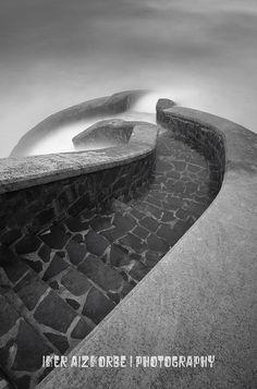 Zumaia, Euskal Herria, the Basque Country. Photographer: Iker Aizkorbe.