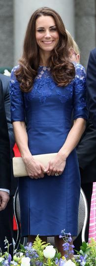 Who made Kate Middleton's blue lace short sleeve dress? Dress – Er5dem