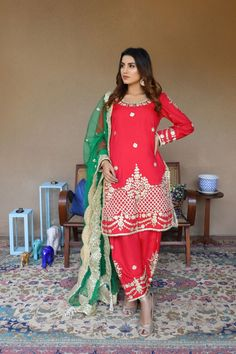 💚SEND us any design/picture We will CREATE it as is . Customized in any color Size and combinations. We have own hand Crafted Artist.💙 SEND us any design/picture We will CREATE it as is . Pakistani Outfits, Indian Outfits, Red Color Combinations, Punjabi Suits Designer Boutique, Punjabi Models, Suits For Women, Clothes For Women, Embroidery Suits Design, Red Suit