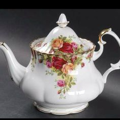 One of my favourite china patterns... Royal Albert Old Country Roses... I have one tea cup... I would love to get a teapot.