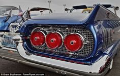 The best of America's classic 1950s Hot Rods burn up the streets as they roll in to Sin City | Daily Mail Online
