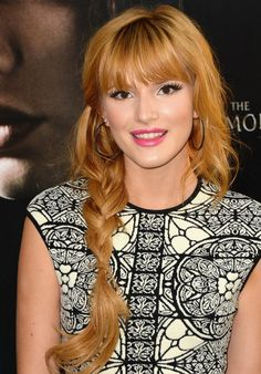 2014 Bella Thorne Long Hairstyles: Losse Braided Hairstyle with Blunt Bangs
