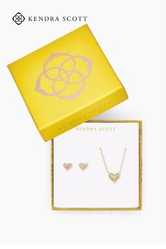 Share all the love with all the hearts! The Ari Heart Necklace & Earrings Gift Set in Light Pink Kyocera Opal features two fan favorites at an exclusive price, pre-wrapped for easy gifting.