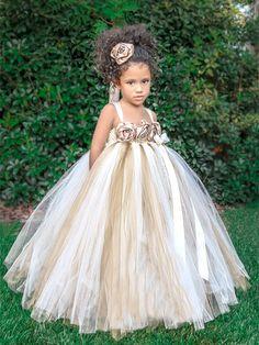 Vestido para Niña de las Flores con Tul en dorado
