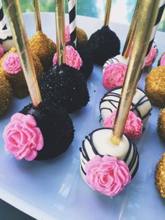 The Little Pink Bakery | Cincinnati Cake Balls | Dayton Cake Balls | Kate Spade Cake Pops
