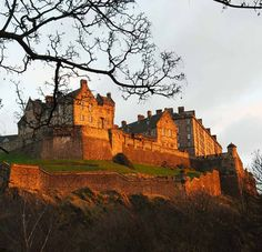Lonely Planet's online guide to Scotland.