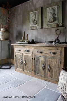 wood b kast, arnoud schneider, raw stones vloer, raw stones, karakteristieke… Kitchen Cabinet Shelves, Wood Kitchen Cabinets, Kitchen Cabinet Design, White Cabinets, Cupboards, Rustic Cabinets, Rustic Sideboard, Deco Design, Design Trends