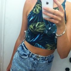 American Apparel crop top (NO TRADES) :) American Apparel Tops