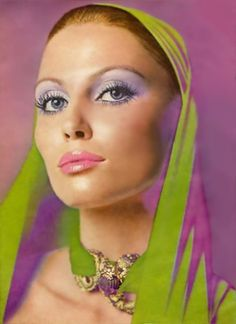Retro Makeup 1970 Revlon ad for their Moon Drops line 70s Hair And Makeup, 1970s Makeup, Vintage Makeup Ads, Retro Makeup, Vintage Beauty, Vintage Fashion, Vintage Vanity, 70s Fashion, Vintage Style