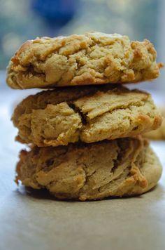 Peanut Butter Cheesecake Cookies Peanut Butter Squares, Easy Peanut Butter Cookies, Peanut Butter Cheesecake, Cheesecake Cookies, Cheesecake Recipes, Cookie Recipes, No Bake Desserts, Just Desserts, Delicious Desserts