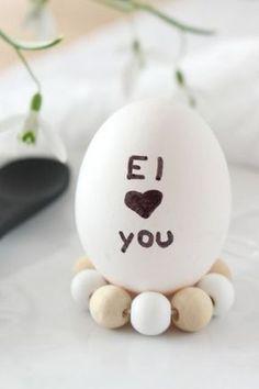 DIY   Eierhalter aus Holzperlen