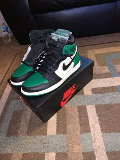 f6bdb7e34d7f Mens Jordan Retro 1 Pine Green Size 10.5  fashion  clothing  shoes   accessories