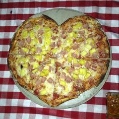 Il Tintto - Restaurante de Pizzas a la leña y ensaladas acompañados de una copa de vino tinto