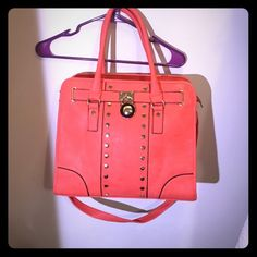 Coral hamilton like bag Beauitful cora  brand new bag that can be worn in many ways perfect for the spring ! Super spacey and smoke free ! Bags Crossbody Bags