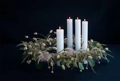 bob_181170_01 Natural Christmas, Christmas And New Year, Merry Christmas, Xmas, Christmas Advent Wreath, Christmas Decorations, Advent Wreaths, Flower Factory, Barn Pictures