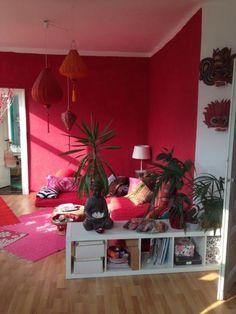 Rotes Wohnzimmer Im Herzen Von Linden Mitte