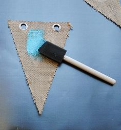 How to paint burlap and make burlap banners. Little Birdie Secrets