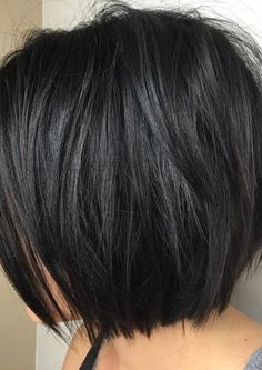 37 Short Choppy Layered Haircuts - Messy Bob Hairstyles Trends for Autumn/Winter - Short Bob Cuts Short Hairstyles For Thick Hair, Layered Bob Hairstyles, Haircut For Thick Hair, Hairstyles Haircuts, Short Hair Cuts, Cool Hairstyles, Pixie Haircuts, Haircut Short, Braided Hairstyles