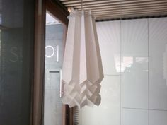 Pedro Núñez para Sugoi. Lámpara origami. 2011