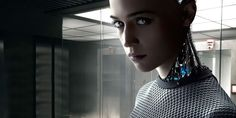 Ex Machina is a 2015 British science fiction thriller film written and directed by author and screenwriter Alex Garland, making his directorial debut, and starring Domhnall Gleeson, Alicia Vikander and Oscar Isaac. Oscar Isaac, 2015 Movies, Hd Movies, Movies Online, Ex Machina Movie, Science Fiction, 4k Ultra Hd Wallpapers, Alex Garland, 28 Days Later