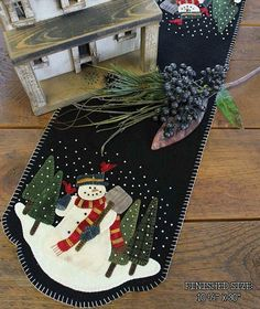 Snowman Wool Applique Table Runner Pattern PRI 522 - Snowman For Hire Christmas Applique, Christmas Sewing, Felt Christmas, Christmas Crafts, Christmas Stockings, Primitive Christmas, Motifs Applique Laine, Wool Applique Patterns, Felt Applique