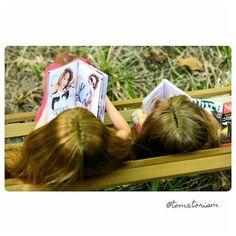 "K.H. Cha @tomatorism 4月20日  ""Books are food for the mind."" #momokoph #momoko #momokodoll"
