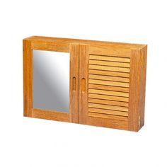 Voor een nautische badkamer! Dit kastje kan aan een wand worden gemonteerd waardoor toiletspullen stijlvol uit het zicht opgeborgen kunnen worden. De kastruimte met 2 verstelbare planken wordt afgesloten met een spiegeldeur en een louvredeur.   Artikelnummer: 3024  56 x 38 x 12 cm