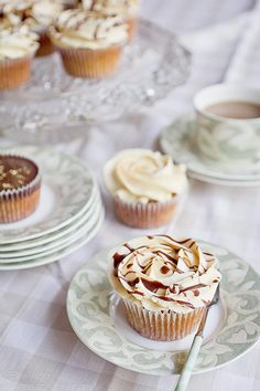 Perfect Peanut Butter Cupcakes - Cupcake Daily Blog - Best Cupcake Recipes .. one happy bite at a time! Chocolate cupcake recipes, cupcakes