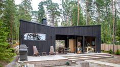 Moderni rantasauna Sipoon Kitössä Wood Spa, Sauna Design, Deck Design, Compact House, Container House Design, Modern Coastal, Exterior House Colors, Garden Office, River House