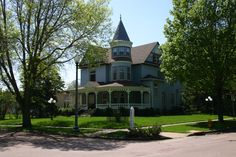 2010 Great Places in America: Neighborhoods-Cathedral Historic District, Sioux Falls, South Dakota. The Cathedral Historic District neighborhood offers panoramic views of downtown Sioux Falls and the Big Sioux River valley. Home to some of Sioux Falls's largest and most ornate houses, the Cathedral neighborhood was where the city's most prominent and powerful citizens displayed their prosperity, confidence, and sophistication by building palatial Victorian- and post-Victorian-era houses.
