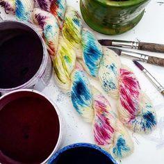 Mini skeins Hand Dyed Yarn, Color Inspiration, Fiber Art, Knit Crochet, Knitting Patterns, Dyeing Yarn, Mini, Fabric, Threading