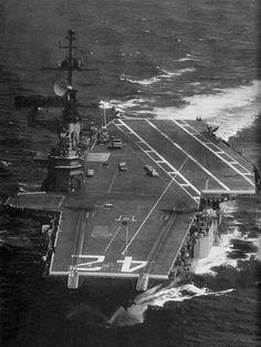 Uss Hornet Cv 12, Uss San Jacinto, American Aircraft Carriers, Hms Hood, Navy Carriers, Navy Day, Navy Aircraft Carrier, Capital Ship, Us Navy Ships