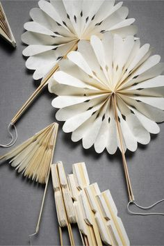 crinkle fans ...these would be fun to make #diy