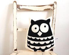 Ollie owl cushion