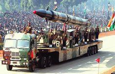 Índia lança míssil capaz de transportar ogivas nucleares
