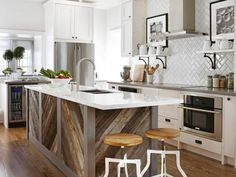 Kochinsel mit Ikea Kallax Regalen ausstatten | Ikea Hack ... | {Küchenblock freistehend rustikal 61}