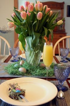 6 Tulip Centerpieces for Your EASTER Table