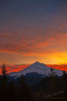 Lolo Pass, Sunrise on Mount Hood, by Photographer Gary Randall. More photos here: http://www.wanderingeducators.com/artisans/photographer-month/photographer-month-gary-randall.html