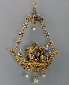 Pendant in the form of a gondola, possibly from the second half of the 19th century. Enameled gold set with diamonds, emeralds, rubies and pearls.